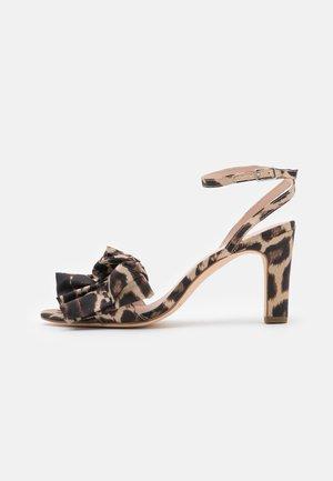 BLOSSOM - Sandals - chocolate