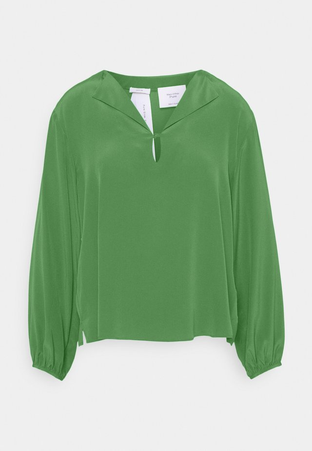 BOXY BLOUSE  LONG SLEEVES SLIT ON NECKLINE - Pusero - true green