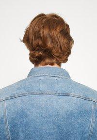 G-Star - 3301 SLIM - Denim jacket - denim/sun faded stone - 3
