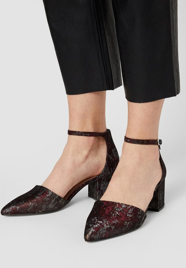 WIDE FIT BIADIVIDED - Classic heels - wine red