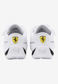 Puma - Trainers - white - 3
