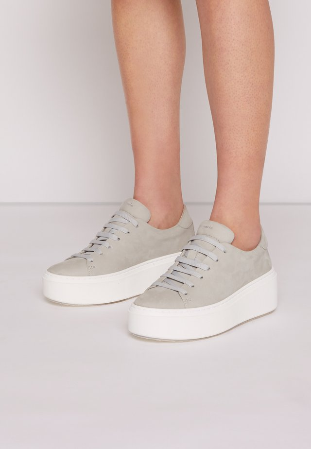 Trainers - soft grey