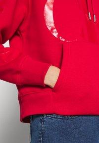 Calvin Klein Jeans - ECO HOODIE - Huppari - red - 5