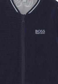 BOSS Kidswear - TRACK SUIT - Tracksuit - navy - 3
