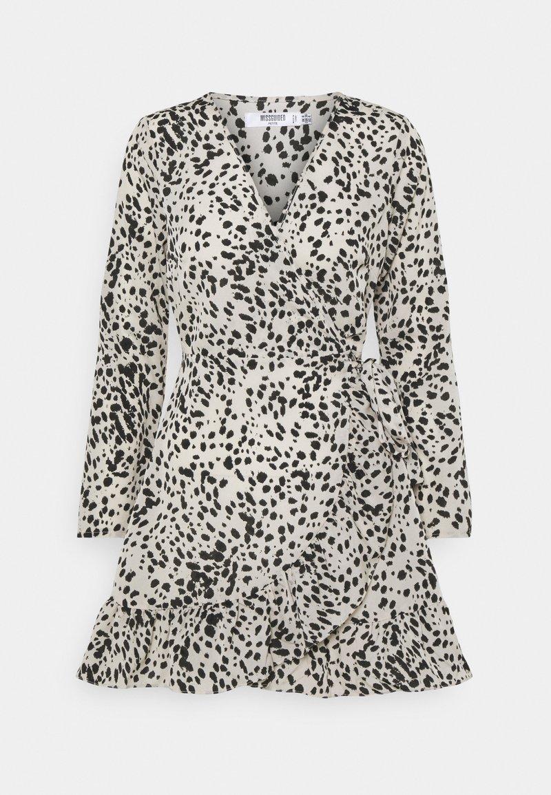 Missguided Petite - ANIMAL WRAP FRILL DETAIL SKATER DRESS - Denní šaty - cream