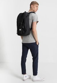 Herschel - LITTLE AMERICA  - Mochila - black - 1