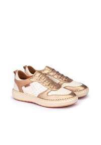 Pikolinos - Trainers - champagne - 1