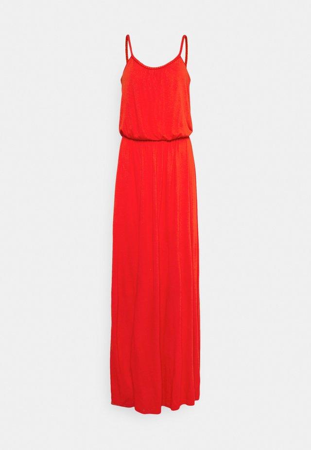 VICANSA STRAP MAXI DRESS - Maxi šaty - flame scarlet