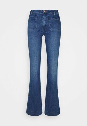 Flared Jeans - sunday blues
