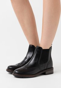 Anna Field - LEATHER - Classic ankle boots - black - 0