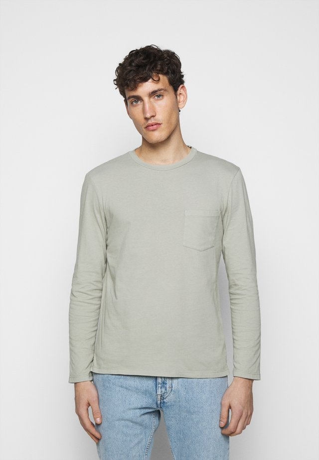 WILLIAMS TEE - Topper langermet - field sage