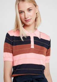 Foxiedox - NINA - Print T-shirt - pink - 4