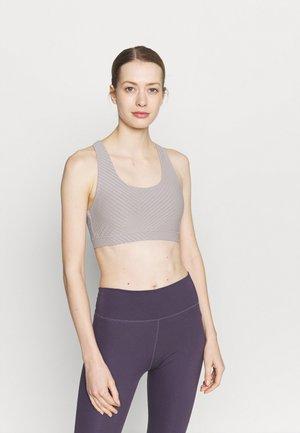 WORKOUT CUT OUT CROP - Light support sports bra - grey