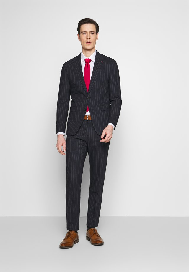 SLIM FIT PEAK LAPEL STRIPE SUIT - Traje - blue