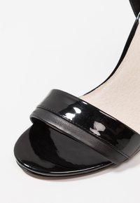 KIOMI - Sandaler med høye hæler - black - 2