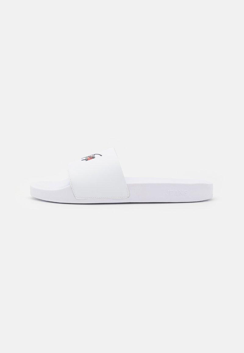 Tommy Jeans - SIGNATURE MENS POOL SLIDE - Sandaler - white