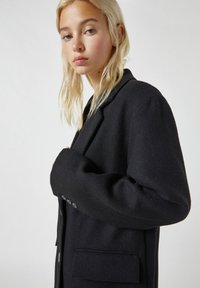 PULL&BEAR - Short coat - black - 2