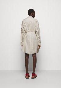 3.1 Phillip Lim - STRIPED BUTTON UP SHIRT DRESS - Shirt dress - tan - 2