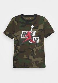 Jordan - JUMPMAN CLASSICS CAMO - Print T-shirt - multi coloured - 0
