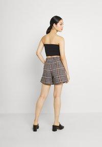 Molly Bracken - YOUNG LADIES  - Shorts - multicolour - 2