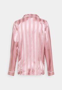 Missguided - STRIPED SHIRT AND SHORTS - Pyjamas - pink - 2