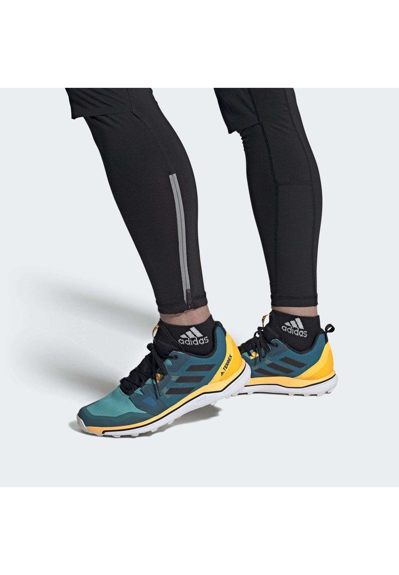 adidas Performance - TERREX AGRAVIC TRAIL RUNNING SHOES - Obuwie do biegania Szlak - turquoise