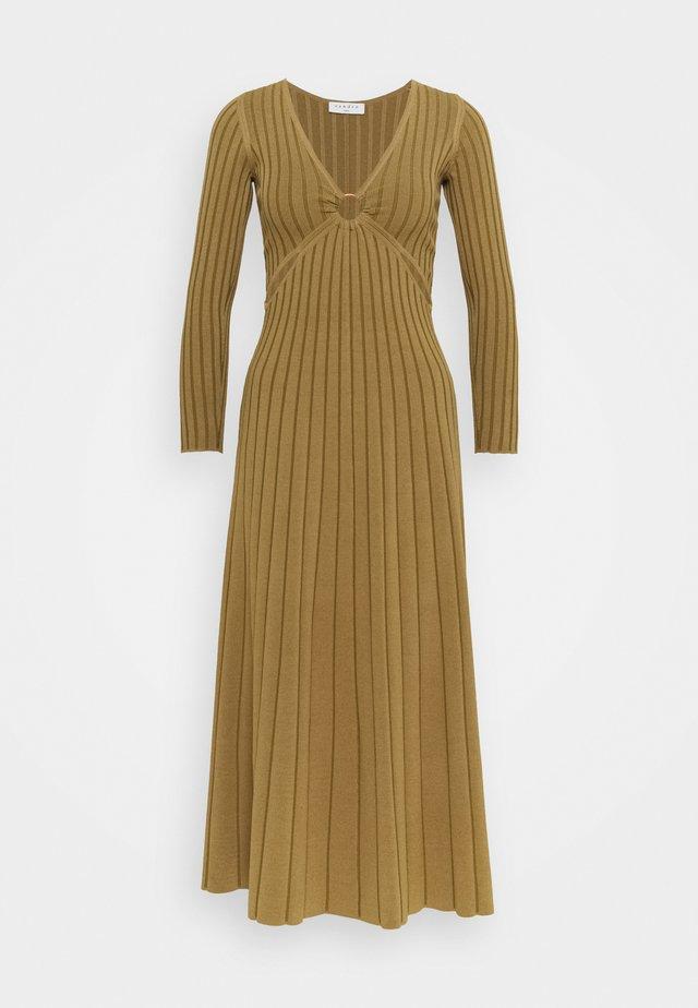 Długa sukienka - olive