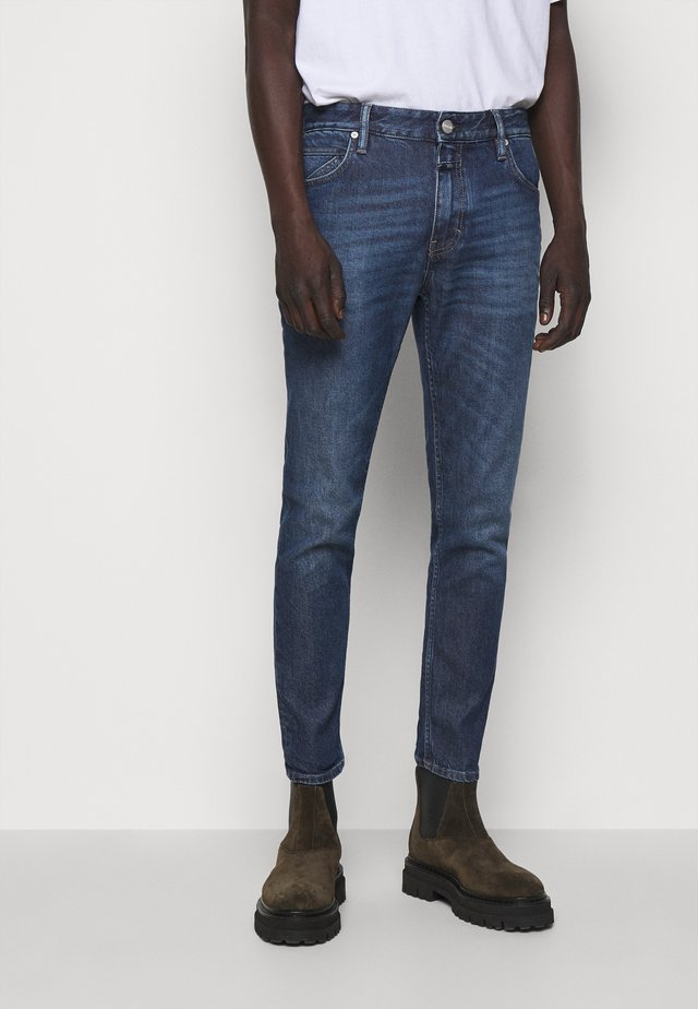 DROP CROPPED - Vaqueros slim fit - dark blue