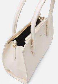 LYDC London - HANDBAG - Handbag - offwhite - 2