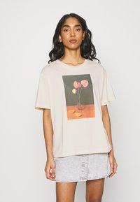 Monki - TOVI TEE - Print T-shirt - off-white - 0