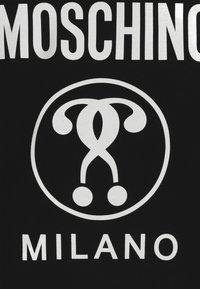 MOSCHINO - HOODED - Hoodie - black - 3