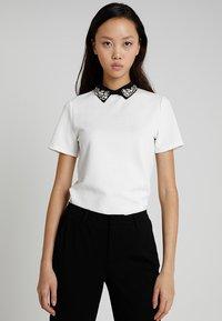 Morgan - Print T-shirt - off white - 0