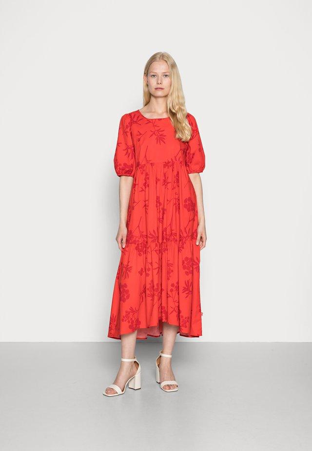 JULI DRESS - Kjole - xmas red hemlock