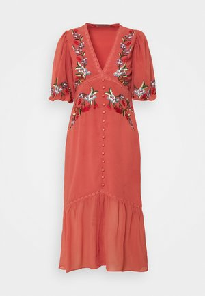 THE VARIA - Denní šaty - red