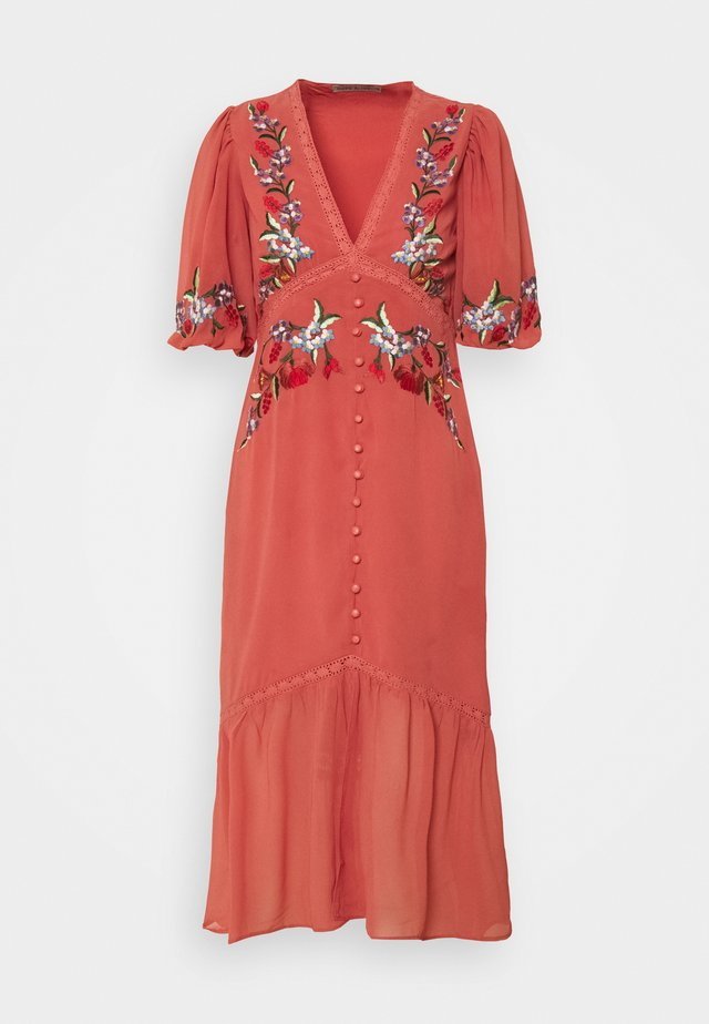 THE VARIA - Day dress - red