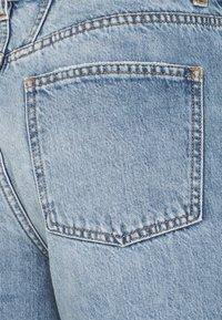 CLOSED - AZRA - Denim shorts - mid blue - 2