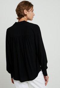 Selected Femme - SLFDAISY - Blouse - black - 2