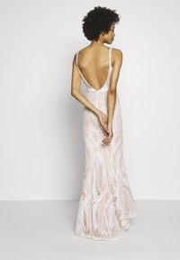 Jarlo - EZRIA - Společenské šaty - ivory - 3