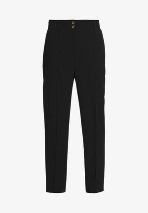 TAPERED TROUSER - Pantalones - black