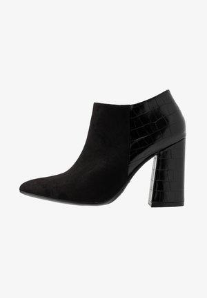 STEVIE - Kotníková obuv na vysokém podpatku - black