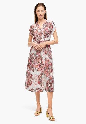 Blusenkleid - white batik print