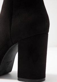 ONLY SHOES - ONLBRIN - Kotníková obuv na vysokém podpatku - black - 2