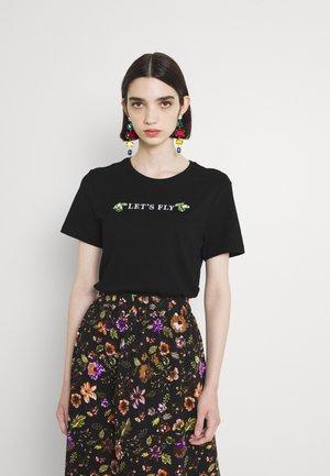 ONLKITA LIFE REG BUG TOP - Camiseta estampada - black