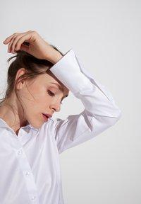 Eterna - Button-down blouse - weiß - 2