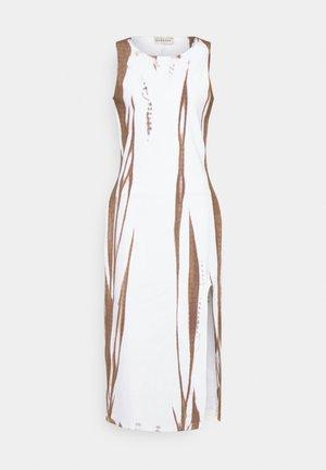 ROSA DRESS - Denní šaty - egret dust