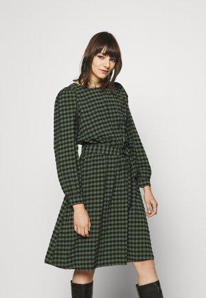 DRESS LONGSLEEVE SHELL FABRIC BELT - Day dress - olivia gray