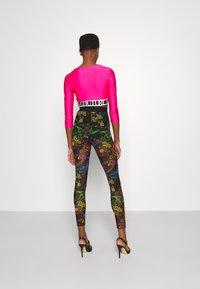 Versace Jeans Couture - PANTS - Leggings - Trousers - black - 2