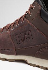 Helly Hansen - TSUGA - Trekking boots/ Trekking støvler - brunette/jet black/natura - 5
