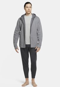 Nike Performance - Zip-up hoodie - iron grey/htr/(black) - 1