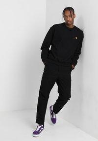 Carhartt WIP - AMERICAN SCRIPT - Sweatshirt - black - 1